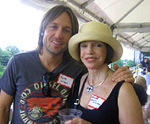 Renee Grant-Williams with Keith Urban.